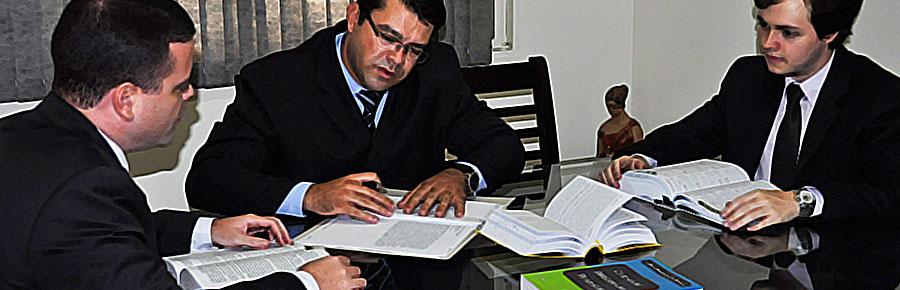 Foto da reunião dos advogados